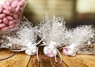 Mesh Poofs - Amore Mio Confetti and Accessories